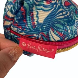 Lilly Pulitzer for Target Bags - Lilly Pulitzer My Fans Print Round Top Travel Bag